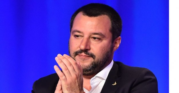 Italy: Vote online before the crisis in government