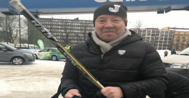Jari Kurri instructed president Niinistö: Shoulder ice and ready to kick the goals