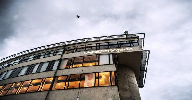Knivman arrested at college – a damaged