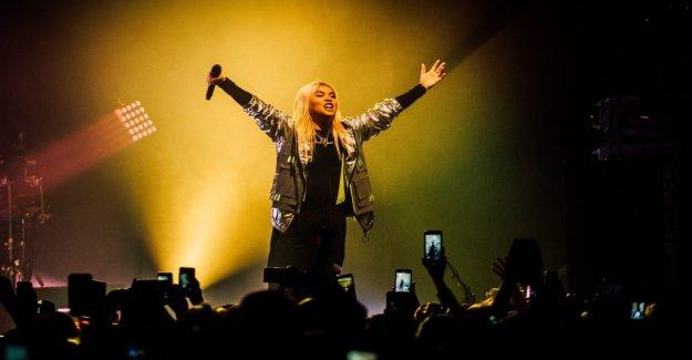 Konsertrecension: Hayley Kiyoko fix their own pride festival