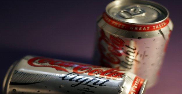 Light soft drinks may increase the risk of stroke