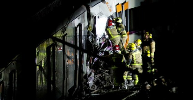 Manresa in Barcelona : A Dead and around 100 injured in collision of trains in Spain