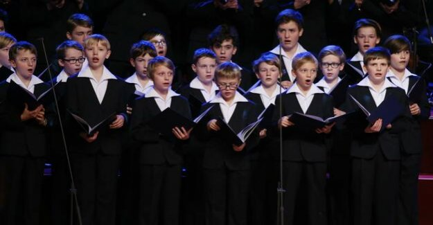 Marten stone about girls in boys ' choirs : you sound different