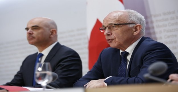Maurer and Berset warn against rejection of the AHV-tax template