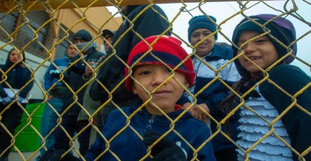 Migrants : USA funds to push American kids to Mexico