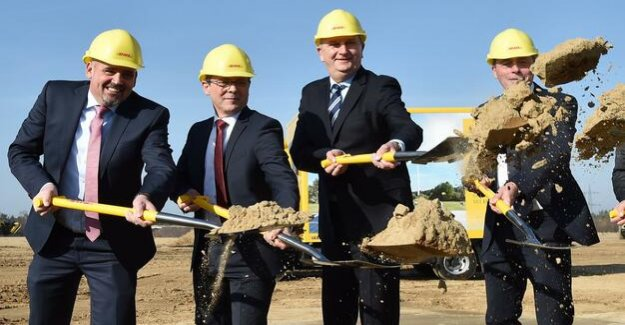Million investment in Ludwigsfelde : DHL in search of someone for a Mega-package center