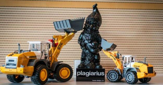 Negative award Plagiarius : plagiarism is more profitable than drug trafficking