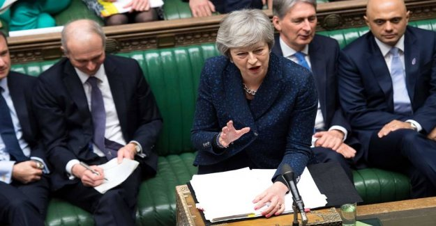 Newspaper: May want to postpone brexitafstemning in parliament