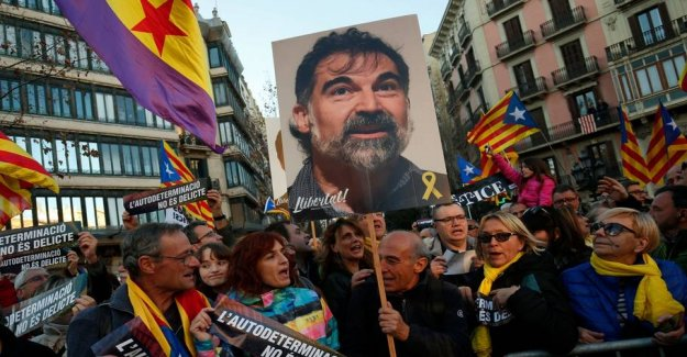Of 200,000 demonstrate against Spanish lawsuit against the separatists
