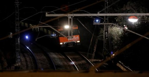 One Dead and many injured in train crash in Barcelona