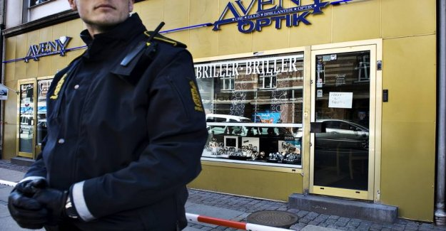 Person arrested nine years after the deadly robbery at the jewelry store
