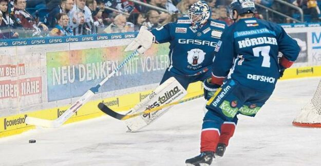Polar bears and the Best of the nineties : against Krefeld: First, celebrate, then shaking
