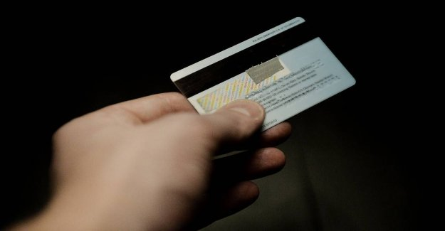 Police: Taping your debit card