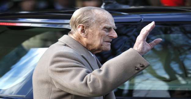 Prince Philip stops driving a car