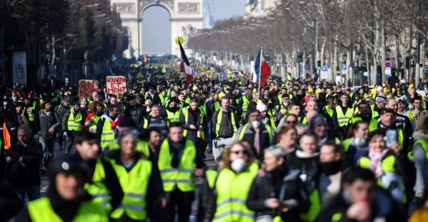 Protests after anti-semitic attack in France