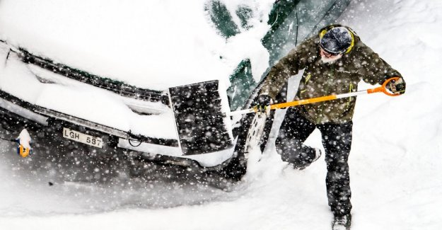 SMHI warns of snowfall, ishalka, gale and flood
