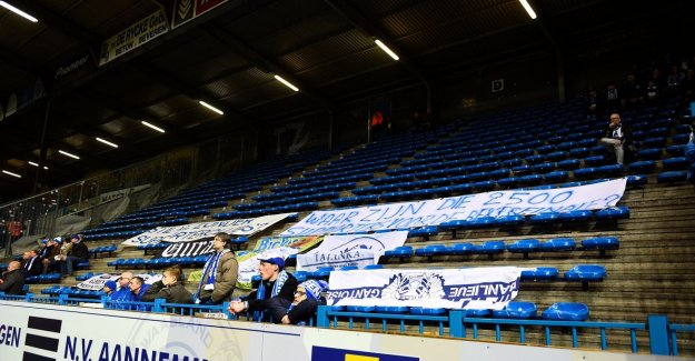 Supporters groups KAA Gent keep word: bezoekersvak remains on for 10 minutes, only flying banners