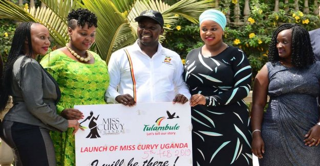 The Minister will use the curvy ladies to attract tourists