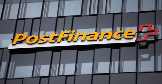 The Swiss abroad want to sue Postfinance