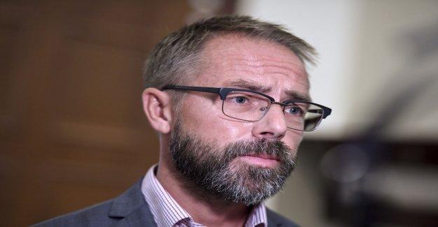 The ambassador is being investigated on Minhaiaffären