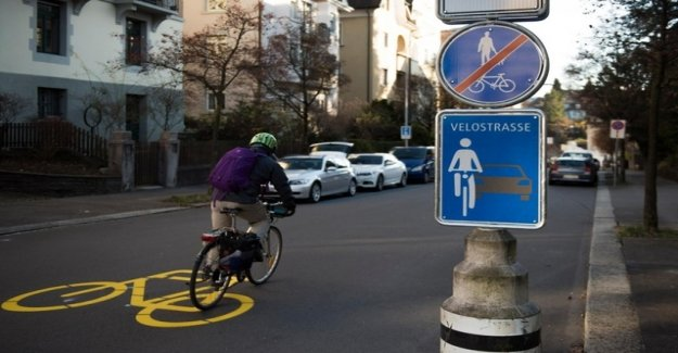 The city of Zurich wants to lines of new Bicycles