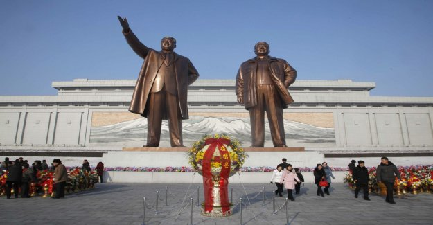 The death of the dictator celebrated with customary pomp