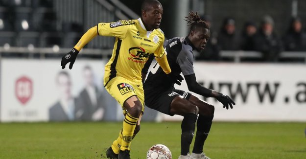 The malaise does not: Lokeren relieve Mujangi-Bia