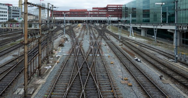 The train between Basel train stations is derailed