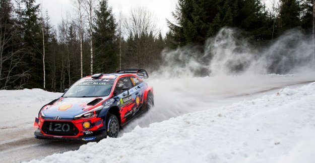 Thierry Neuville wins first trial in Rally of Sweden