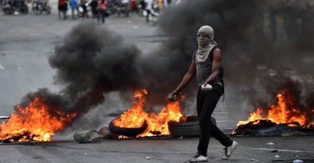 Tourists and missionaries evacuated from violent riots in Haiti