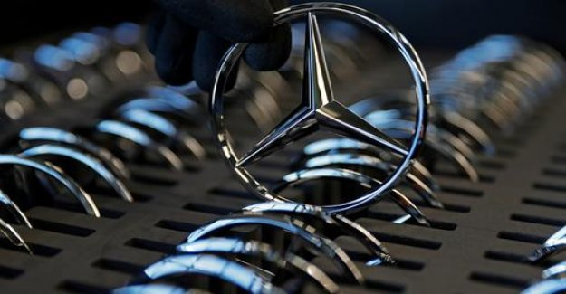 Trump against car imports: send your Mercedes over here