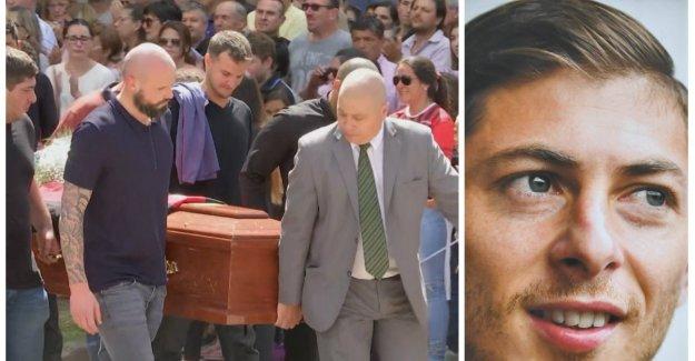 VIDEO. Argentine footballer Emiliano Sala buried