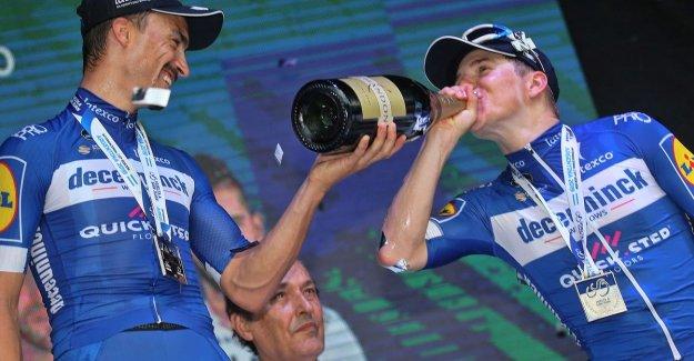 WIN: a meet & greet with the Deceuninck–Quick-Step Cycling Team