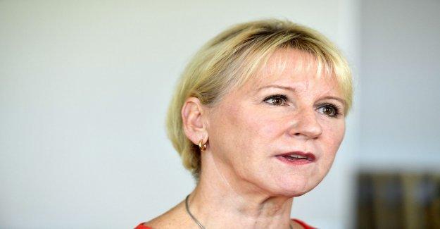 Wallström hesitate to take home the ICE-members