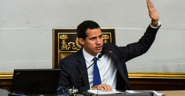 Wallström talked on the phone with Guaidó