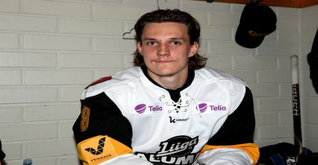 What's the number on his back as well as Kalle Kossil that the Sami Niku have appeared in the NHL this season?