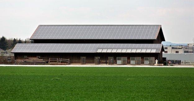 Why you see virtually no solar panels?