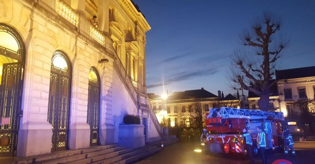 Witnesses discharged during the process 'Schellebellemoord': woman gets cardiac arrest, her nearby husband hurt himself on back