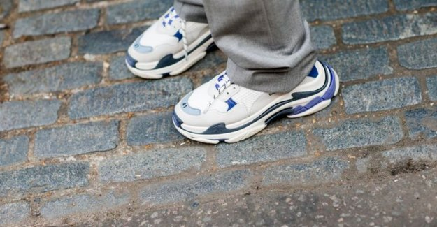 You may not have missed this week: the creator of the popular Triple S-sneaker start own shoe line & Deliveroo launches catering service for weddings