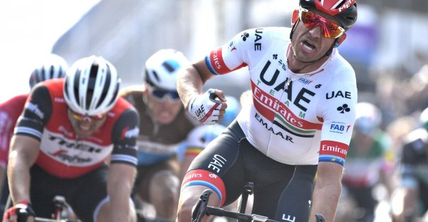Alexander Kristoff wins Gent-Wevelgem after edition that is colored by the wind