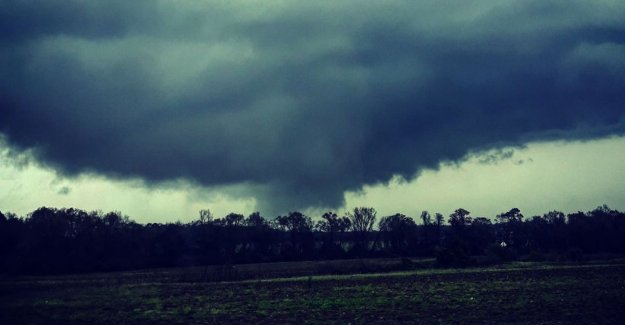 At least 22 deaths from tornadoes in US: the Damage is catastrophic,