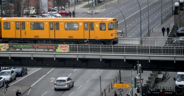 Cheaper metro women pay on Equal Pay Day to drive : less for the BVG-Ticket