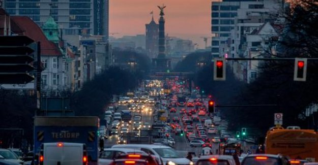 Climate change and transport: mobility will become more expensive