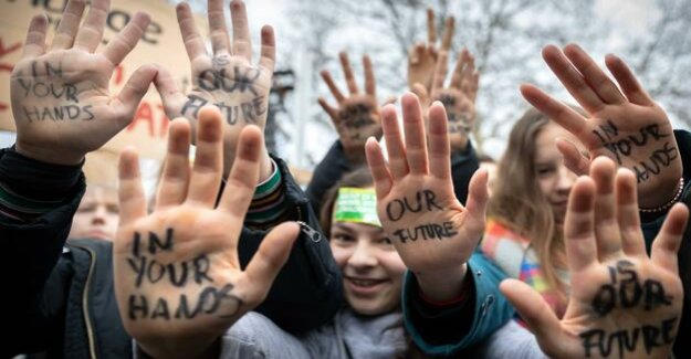 Committed under 20 : young people demand a lot more referendums