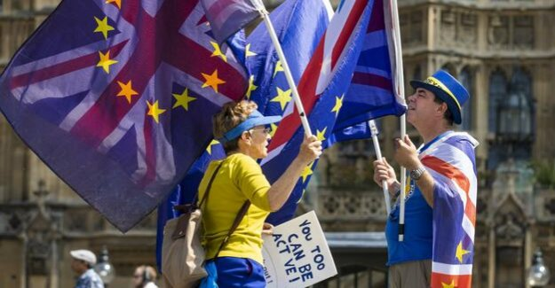 Consequences of leaving the EU : Brexit splits on the island, and even families