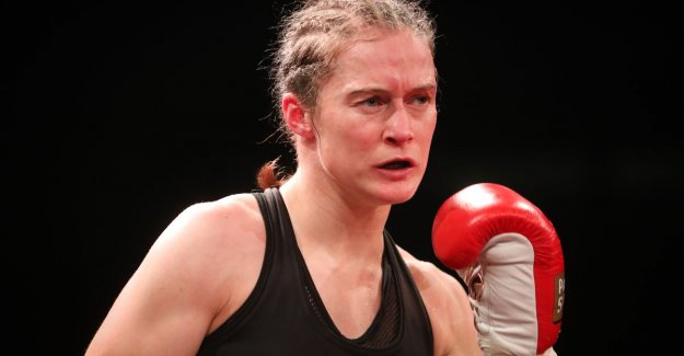 Delfine Person is waiting on contract for camp against Katie Taylor