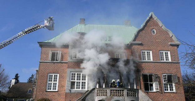 Fire in the villa: Three people bailed out