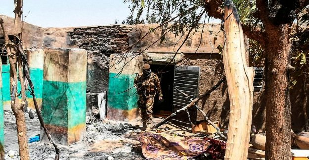 Five arrested after the massacre in Mali