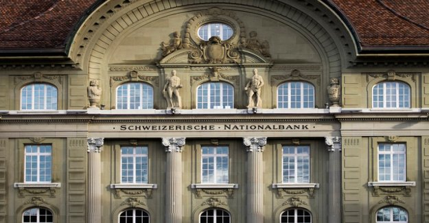 Foreign exchange purchases by the SNB are dried up