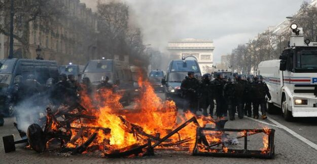 France : cities impose Demo bans on yellow West
